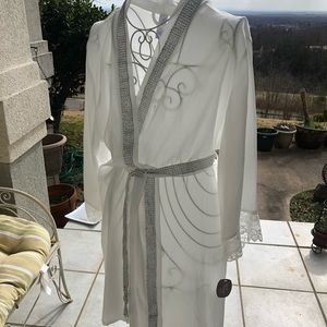 Satin Bride  Robe  size XL